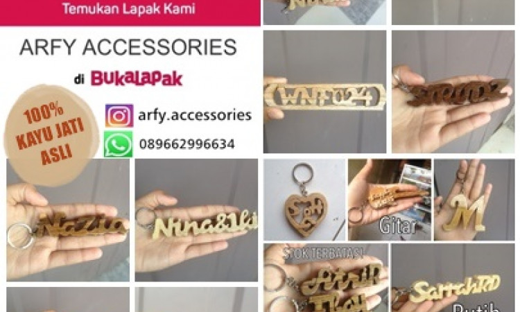 Gantungan Kunci Nama. Bahan Kayu Jati. Handmade Asli